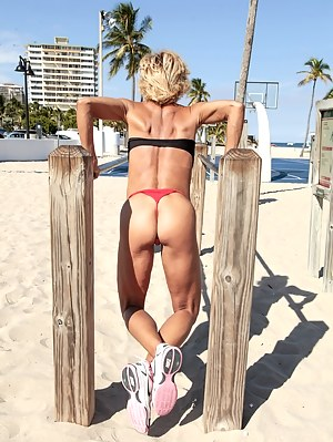 Free Big Ass Muscle Porn Pictures