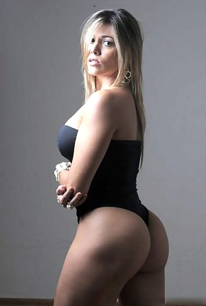 Free Big Ass Swimsuit Porn Pictures